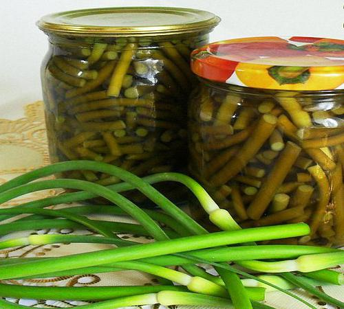 Arrow of garlic: easy to pickle!