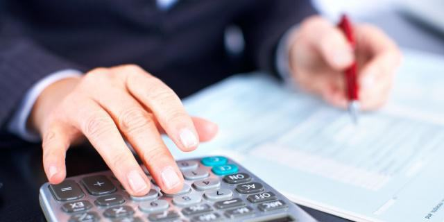 Job description of the accountant on the calculation of wages: duties, rights and responsibilities